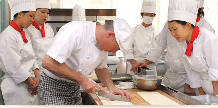 三重調理専門学校/調理製菓2年コース